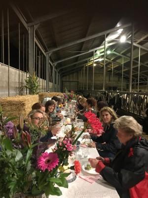 'Met de koeien aan tafel…'
